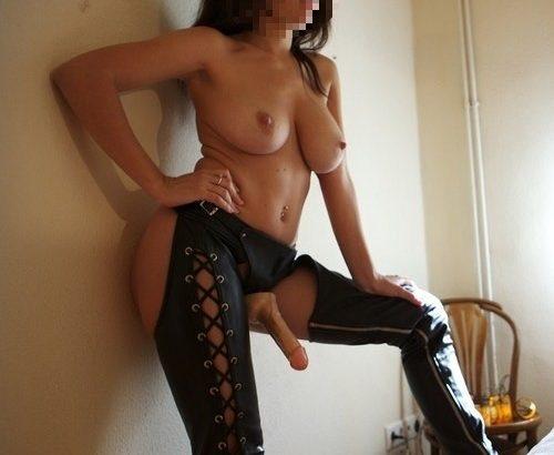 femme mature amateur dominatrice sm