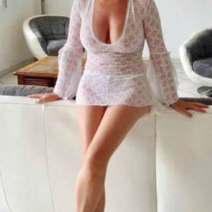 Marie femme cougar 45 ans cherche jeune mec pour faire l'amour